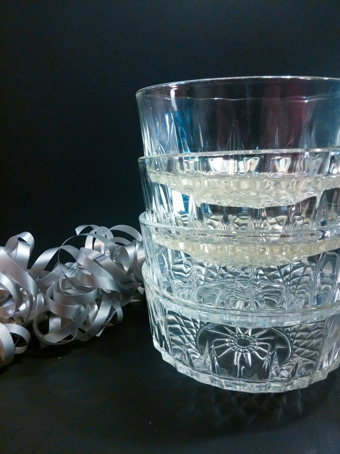 Arcoroc france diamant starburst bowls set of 4 clear glass - Starburst glassware ...