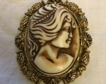 Brooch Victorian Style Cameo Domed Lady Profile