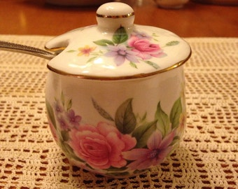 Sweet Vintage China Flower Jelly/Jam Container