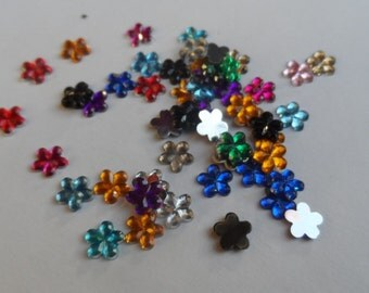 200 Applications / Embellishments Flower Color mixed 6mm