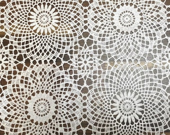 "Kitsch kitchen oilcloth ""Lace Circles"""
