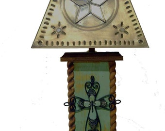 "18"" Western Cross Lamp - Distressed Turquoise or Barn Red"