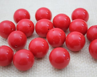 Vintage Bright True Red 18mm Lucite Beads (12 Pieces)