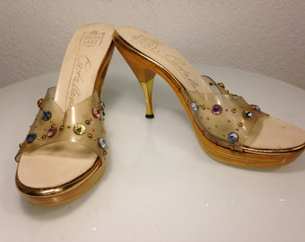 FREE  SHIPPING    1950's  Lucite  Heels