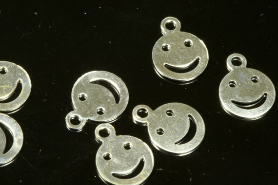 200 pcs 10x7 mm silver tone brass smile :)  face shape charms ,findings 643NF-25