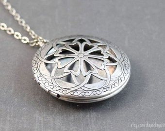 Diffuser Necklace - Essential Oil Locket - Locket Pendant - Aromatherapy Locket Jewelry - Essential Oil Diffuser - Perfume Locket