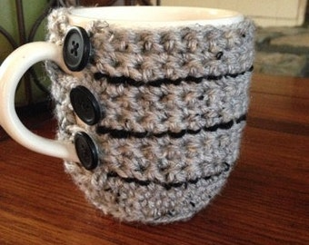 Cup Cozy crocheted in grey/black tweed