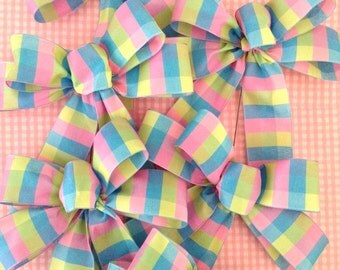 Easter Decorative Bows / Plaid Pastel Colors Bows / Pastel Colors Bows / set of 6 / Handmade and design in wired ribbon