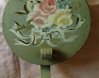 Vintage Rose Painted Crumb Catcher
