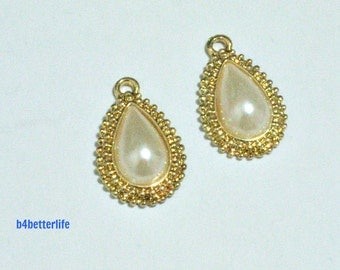 """Lot of 24pcs """"Oval Pearl"""" Gold Color Plated Metal Charms. #HY417."""