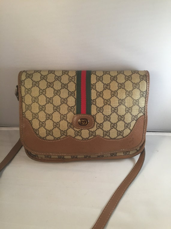 vintage gucci tan green and red stripe flap by shopbleuvintage