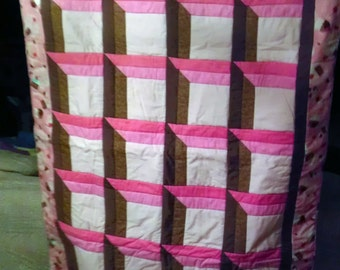 The Linda Crib Quilt