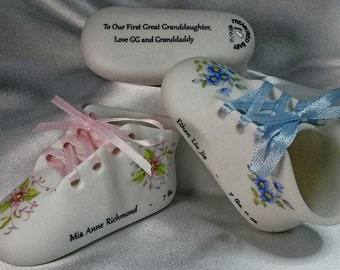 BabyKeepsakes Personalized Porcelain Classic Baby Shoe with Baby's  Birth Information