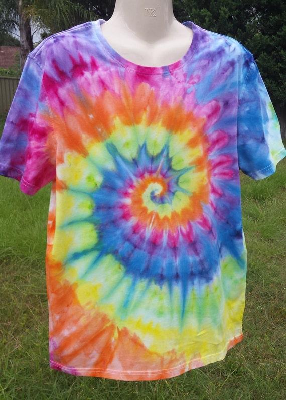 Mens rainbow tie dye hippie t shirt large for Hippie t shirts australia