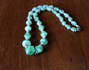Art Deco glass necklace // 1920s 30s frosted glass necklace