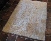 LARGE 6' x 9' Beige Faux fur rug non-slip washable Great for all rooms hypoallergenic Soft and Plush