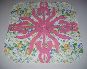 Candle mat-machine appliqued and quilted for a candle-table decoration-summer flower decoration
