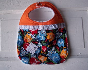 "Adorable ""Dutch"" baby girl bib.  FREE SHIPPING!!!!"