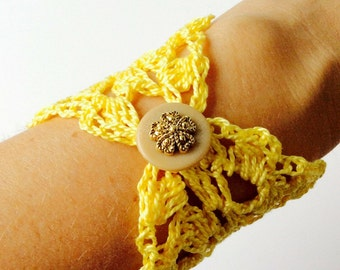 Yellow Crochet Flower Bracelet | Dainty Jewelry | Handmade Gifts for Her
