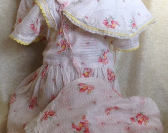 Very Vintage Child's Dress Bonnet Bloomers