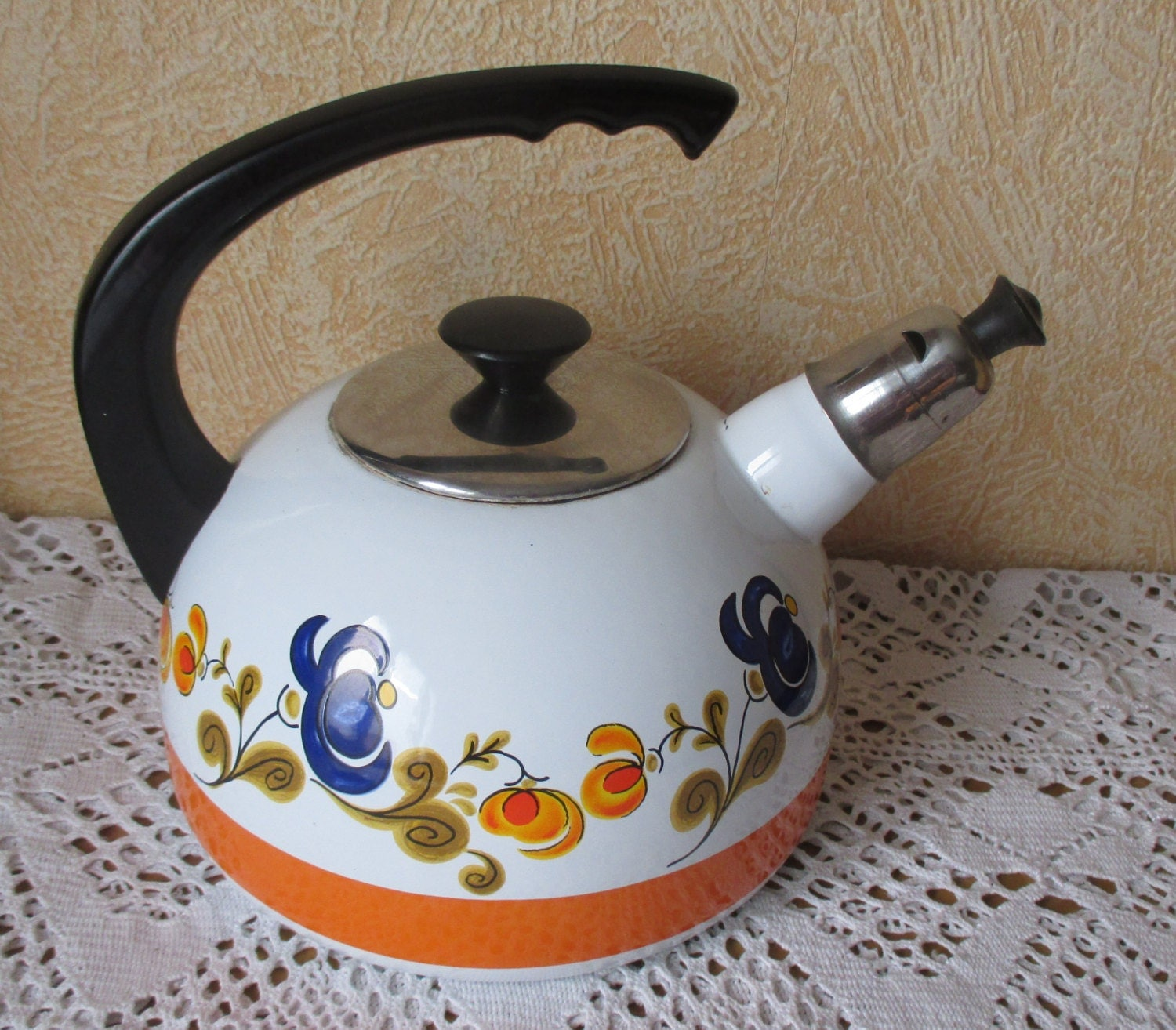 retro tea kettle retro vintage tea kettle enamel funky colors enamelware 1949