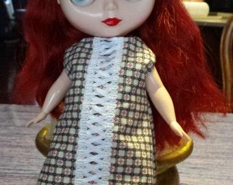 Darling Dress for Plus Sized Blythe