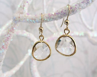 Crystal Clear Drop Earrings/crystal clear earrings/gold drop earrings