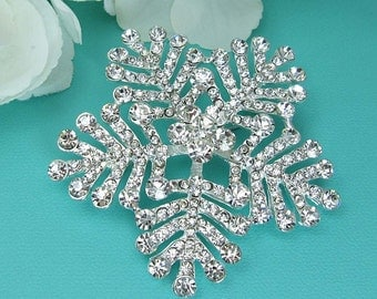 Snowflake Crystal Brooch, Crystal Rhinestone Brooch, Wedding Brooch, Bridal Brooch, winter brooch, Christmas brooch 210547379
