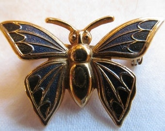 Vintage Butterfly  gold tone  Brooch