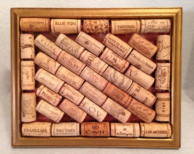 Wine Cork Art • Gold Gilt Frame • Home Decor • Wall Art • Hang Jewelry • Memo Holder • Home Decor • Crafts by the Sea