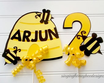 honey bee cake topper, honey bee centerpiece, bee birthday party, bee baby shower, mommy to bee topper, meant to bee topper, bee diaper cake