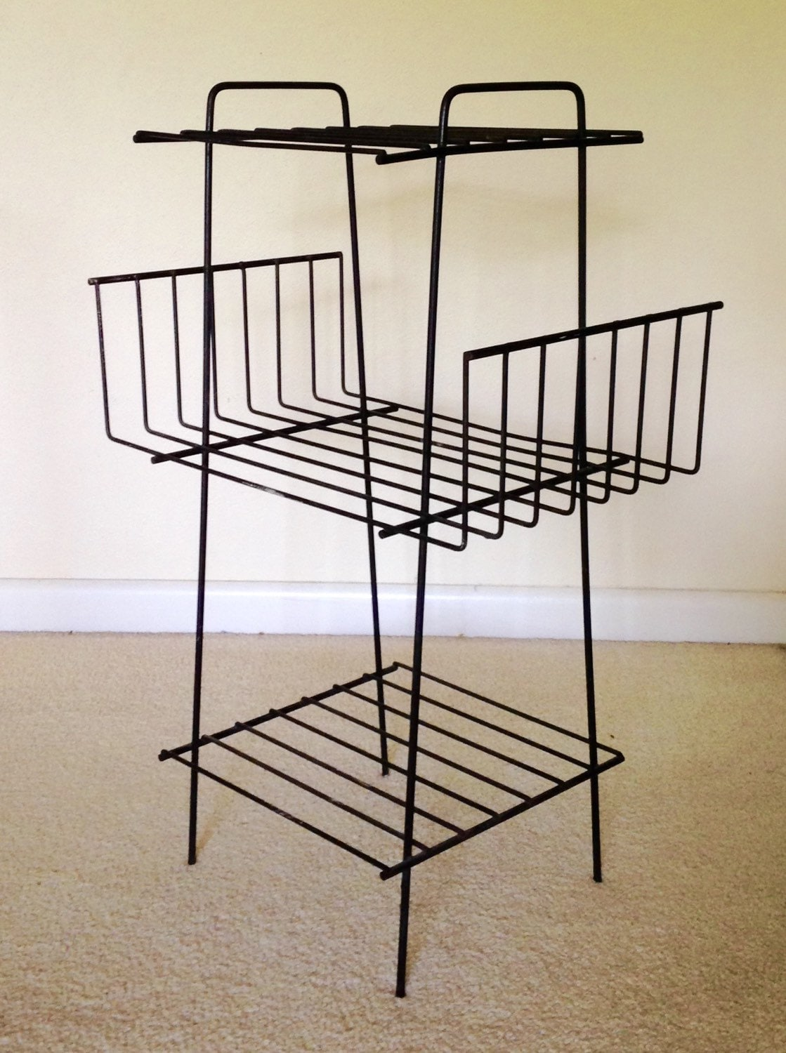wire magazine rack bookshelf plant stand mid century modern. Black Bedroom Furniture Sets. Home Design Ideas
