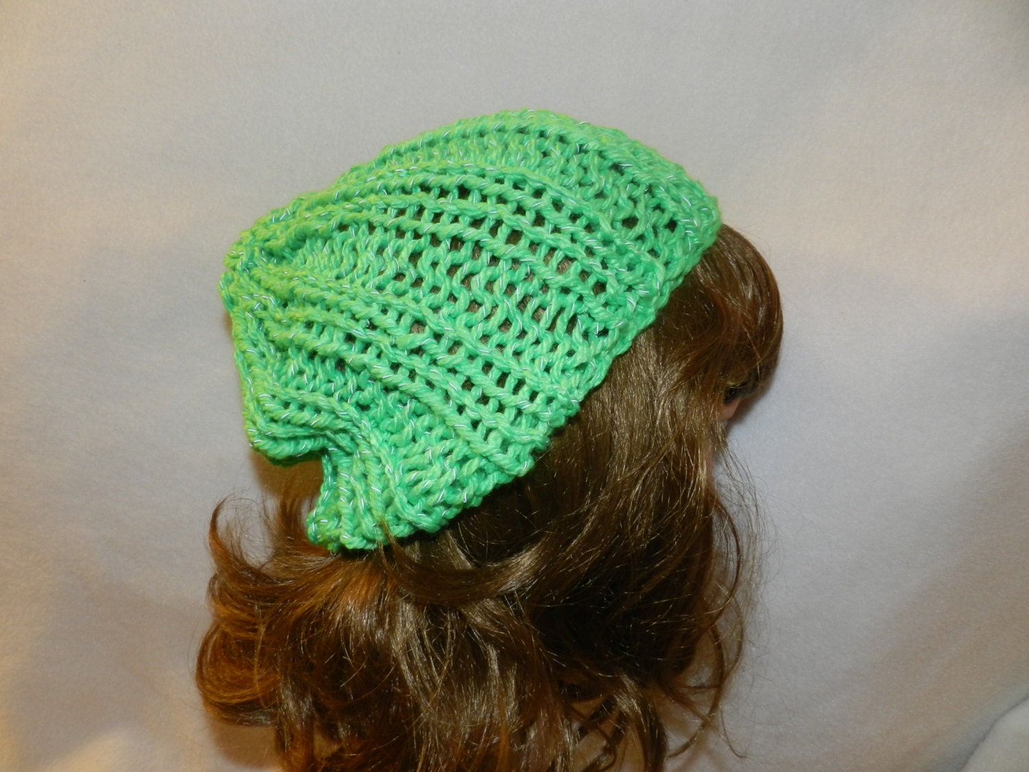 Green Reflective yarn hand knitted bulky Winter warm slouch
