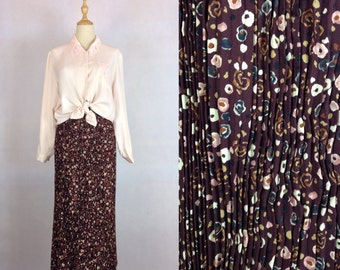 Clearance Sale / Vintage Japanese Pleated floral skirt / High waisted long skirt / Made in Japan / XS-Small