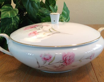 Royal Court China Carnation Round Covered Vegetable Serving Bowl