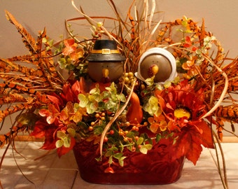Thanksgiving PilgrimTurkey Couple Floral Arrangement Pam'sDeZines Thanksgiving Turkey Arrangement Thanksgiving Centerpiece   (Item 204)