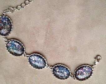 Sparkly cabachon bracelet