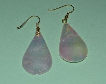 Retro 1970's-80's Mother of Pearl Tear earrings.  (1017011)*