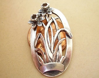 Sterling Silver Daffodil Brooch In Presentation Box