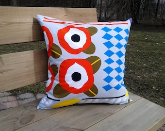 Pillow cover made from Marimekko fabric, pillow case, pillow sham, throw pillow cover, cushion cover, modern Scandinavian accent pillow