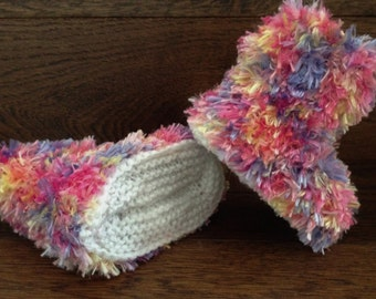 Hand Knitted Baby Booties Boots Slippers Soft Faux Fur Eskimo Carnival 0-12 Months UK Seller Girl