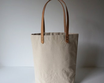Simple Canvas Tote with Leather Straps