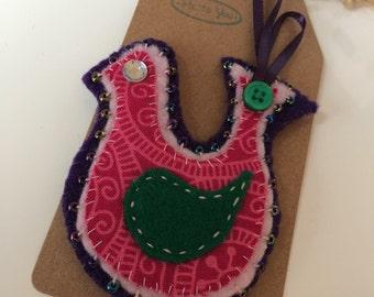 Chic felt bird brooch with decrative beads