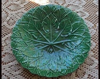 Majolica Emerald Green Leaf Plate, 9 in.