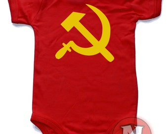Hammer and sickle babygrow onesie. Babygrow baby suit in sizes from 0-3 up to 12-18 months.