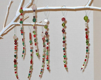 12 Decorative Red & Green Icicles