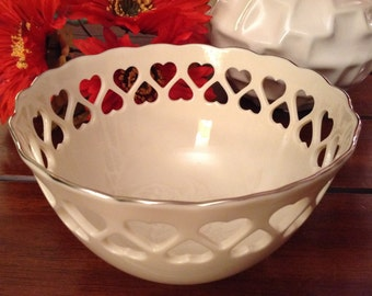 Lenox Special Edition Bowl With Hearts Trimmed In Platinum