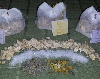 Pamper yourself with an all natural Tea BATH! *MaNy scents available*