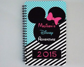 "Disney Autograph Book - Minnie Mouse - Blue  - Journal- Notebook - Sketchbook - Diary - Scrapbook - 5.5"" x 8.5"""
