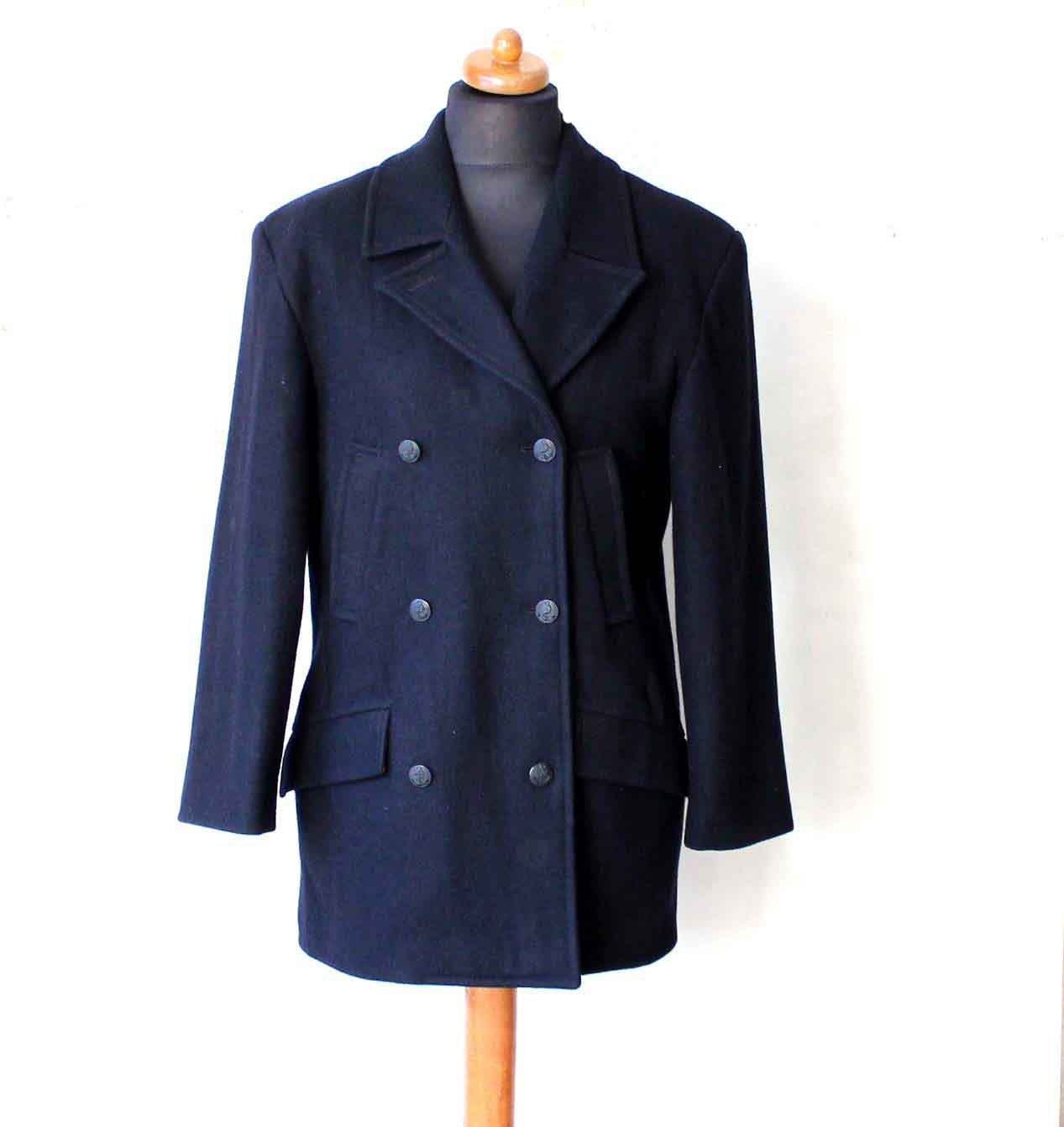 Women's US Navy Peacoat Navy Blue. Item#/SKU: PEACOAT_NAVYBLUE_W - 0 Reviews» Write a Review. View Larger Click to view additional images. Ordering Options These coats are military style coats and are a UNISEX style. When you order this coat the actual size on the label is a mans size such as 32 (Womens 4),36 (Womens 8), 40 (Womens